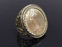 A late Victorian sovereign ring dated 1982, mounted in 9ct gold, 13.2g.