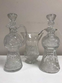 Edinburgh Crystal - Vase, height 20 cm, together with two decanters. (3)