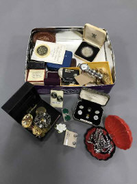 A good collection of costume jewellery, wrist watches, Jersey silver proof coin, commemorative crowns, silver thimble, cufflinks etc. (Q)