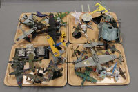 A large collection of die-cast and other model aircraft etc. (Q)