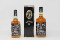 Jack Daniel's - Old No. 7, 1l, boxed, together with 70cl un-boxed. (2)