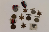 Ten defence medals from WW I and II. (10)