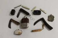 Three Victorian horn handled pocket knives, together with a miniature purse and other interesting collectables. (Q)