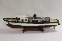 A model boat, length 101 cm.