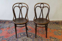 Six bentwood chairs. (6)