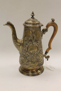 An early nineteenth century silver coffee pot, London marks, 28 oz.