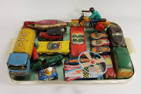 A large collection of tin plate and mechanical toys. (Q)