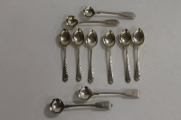 Six silver teaspoons, together with four silver mustard spoons, London 1829/34. (10)