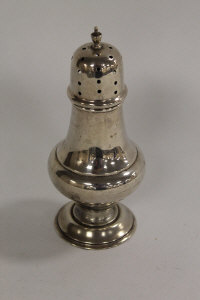 A silver sugar caster, height 16.5 cm.