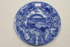 A Maling North East Coast Exhibition plate, diameter 29 cm.