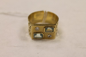 A 14ct gold diamond and aquamarine gentleman's ring.