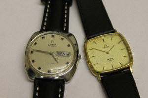 An Omega de Ville steel automatic gentleman's wrist watch, together with another Omega de Ville gentleman's wrist watch. (2)