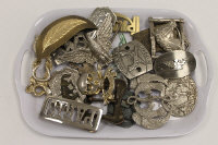 A J.S.S. Elche Wells Fargo buckle, together with nineteen other vintage belt buckles. (20)